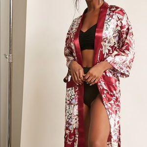 Floral print satin Kimono